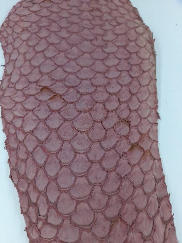 Cuir de poisson petite peau saumon rose